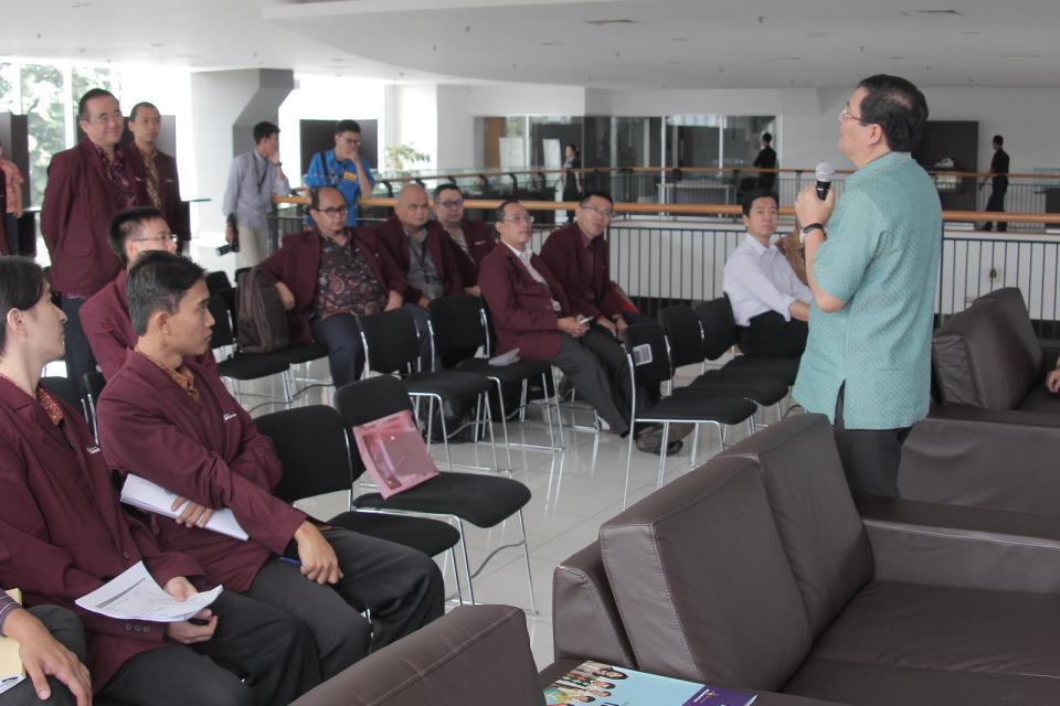 Ujian Disertasi Tertutup Bp. Jerry Marcellinus Logahan